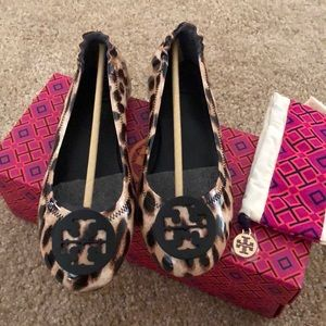 Tory Burch Shoes - Tory Burch leopard print flats